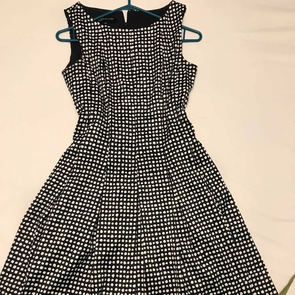Jones New York Dresses & Skirts - Jones New York Dresses size 6
